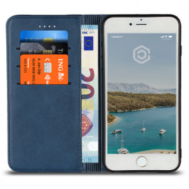 Casecentive Leren Wallet case iPhone 7 / 8 / SE 2020 blauw
