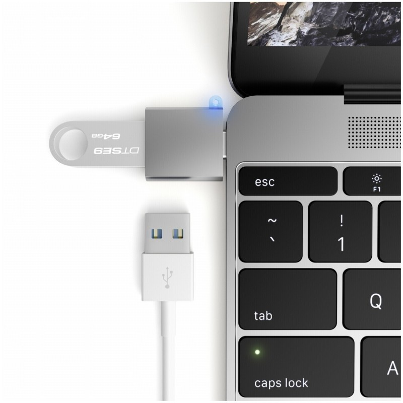 Satechi USB-C Adapter